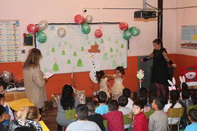 Коледно тържество на децата от ПГ  - Изображение 4