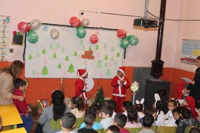 Коледно тържество на децата от ПГ  - Изображение 6
