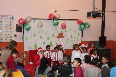 Коледно тържество на децата от ПГ  - Изображение 7